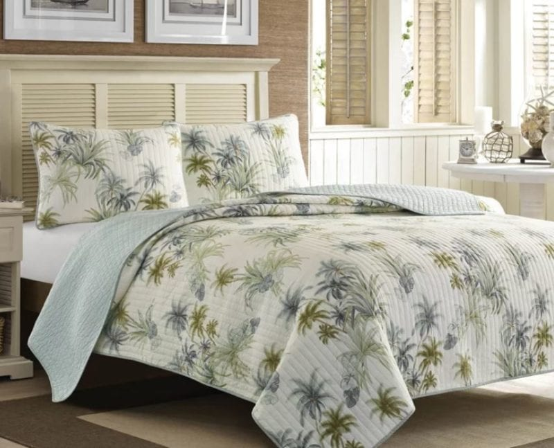 Serenity-Palms-Quilt-Collection-by-Tommy-Bahama-Bedding-800x647 The Best Palm Tree Bedding and Comforter Sets