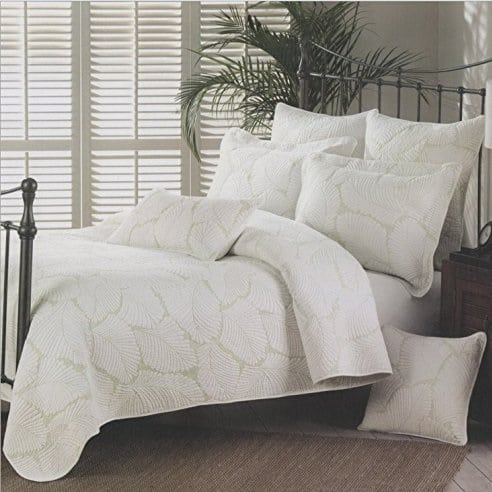 moldiy-white-embroidered-palm-leaves-pattern-quilt The Best Palm Tree Bedding and Comforter Sets
