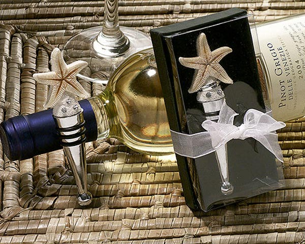 starfish-design-wine-stopper The Best Beach Wedding Favors You Can Buy