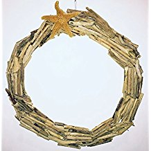 cape-cod-driftwood-starfish-circle-wreath 70+ Beach Christmas Wreaths and Nautical Wreaths