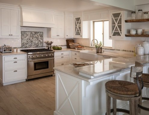 California-Beach-Cottage-by-Maraya-Interior-Design 101 Beautiful Beach Cottage Kitchens