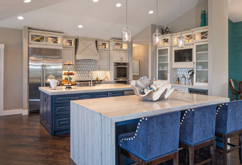 Sewalls-Point-Waterfront-Home-2-by-Francesca-Morgan-Interiors 101 Beautiful Beach Cottage Kitchens