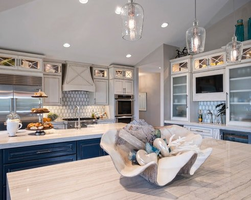 Sewalls-Point-Waterfront-Home-by-Francesca-Morgan-Interiors 101 Beautiful Beach Cottage Kitchens