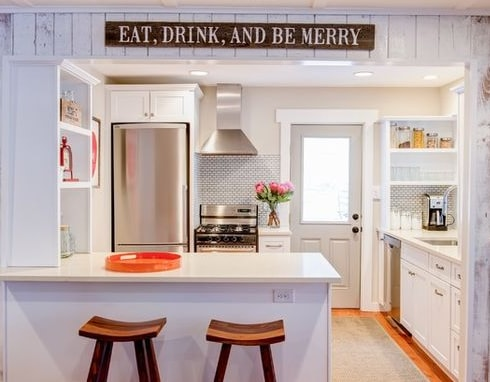 Sunny-Lake-Cottage-by-Jess-Cooney-Interiors 101 Beautiful Beach Cottage Kitchens