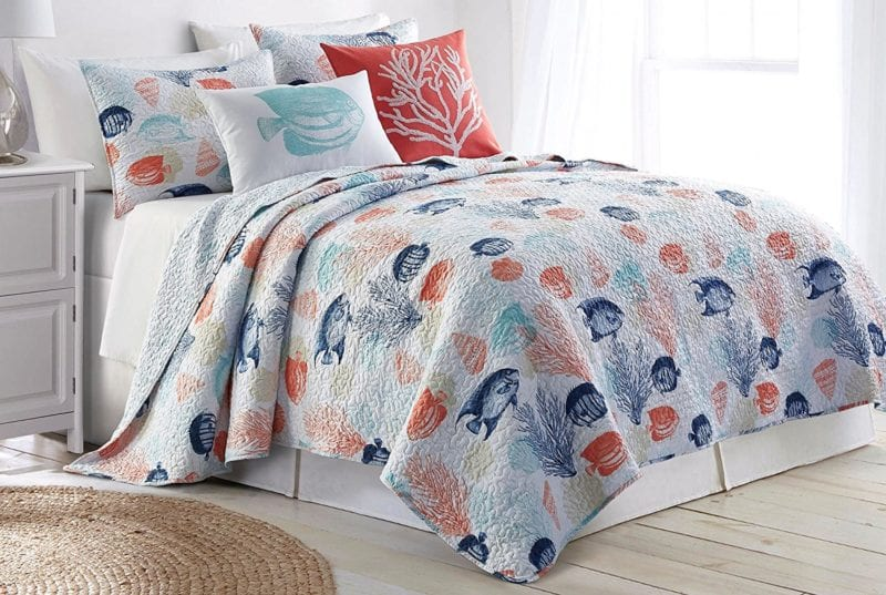 Elise-James-Home-Floreana-Island-Quilt--800x537 100+ Nautical Quilts and Beach Quilts