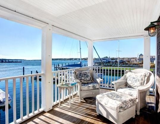 Edgartown-Boat-House-by-Bob-Gothard-Architectural-Photographer Best White Wicker Furniture