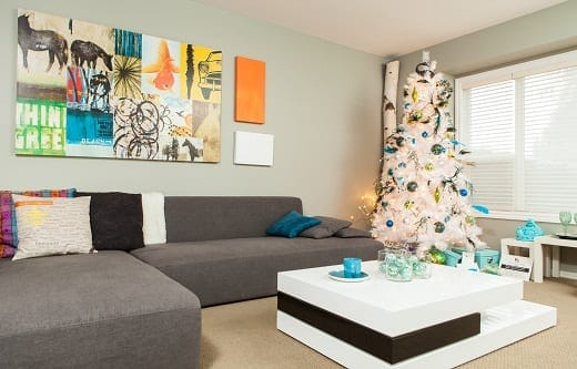 Hot-Holiday-Homes-by-Home-at-Last-Interiors 34 Beach Christmas Decorating Ideas For 2020