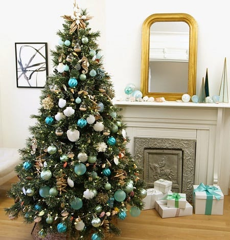 Martha-Stewart-Living 25+ Beach Christmas Tree Ideas