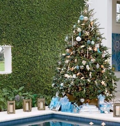 Poolside-Cheer-Photo-by-Deborah-Whitlaw-Llewellyn 25+ Beach Christmas Tree Ideas 2020
