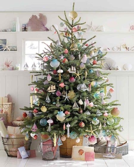 Sea-Inspired-Tree-Photo-Via-MarthaStewart 25+ Beach Christmas Tree Ideas 2020