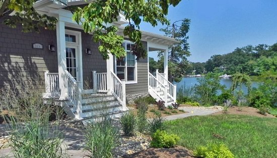 Coastal-Cottage-by-Tina-Colebrook-Architect 50+ Coastal Cottages We Love
