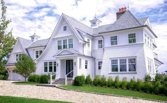 Darien-Peninsula-Home-by-Michael-LoBuglio-Architects 50+ Coastal Cottages We Love