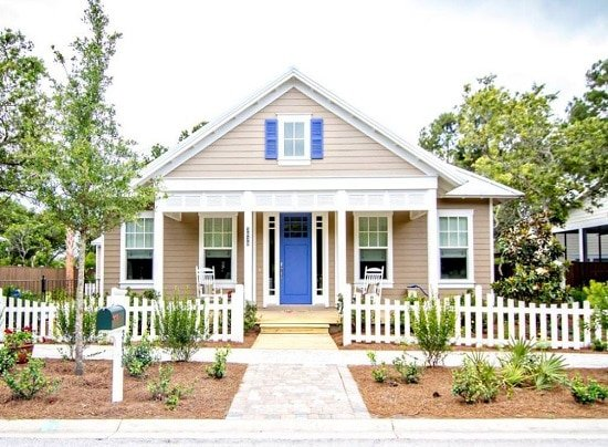 Wilcoxon-Paradise-Key-South-Beach-by-Klaybor-and-Associates-Inc 50+ Coastal Cottages We Love