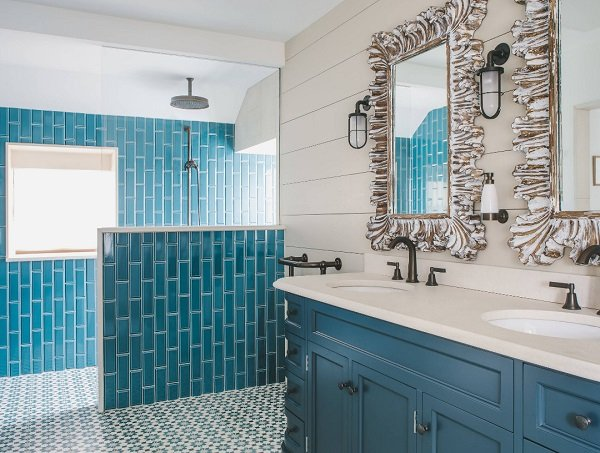 Cornish-Cottage-Refurbishment-by-Helen-Bainbridge-Interior-Design 50+ Beach Cottage Bathroom Ideas