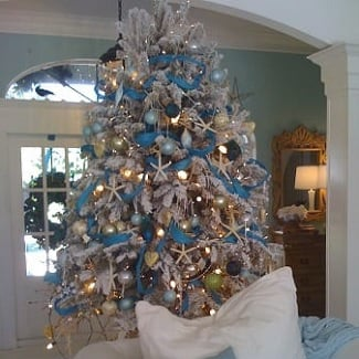 beach-christmas-decorating-ideas Beach Christmas Decor and Nautical Christmas Decor 2020