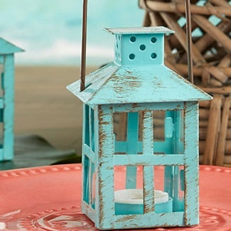 beach-wedding-lanterns Beach Decor and Coastal Decor