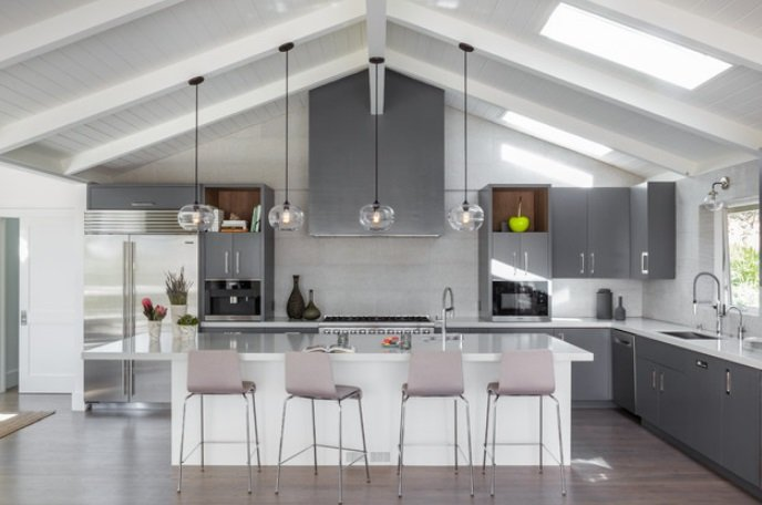 Mill-Valley-Calm-by-Ann-Lowengart-Interiors 65 Beach Themed Kitchen Ideas