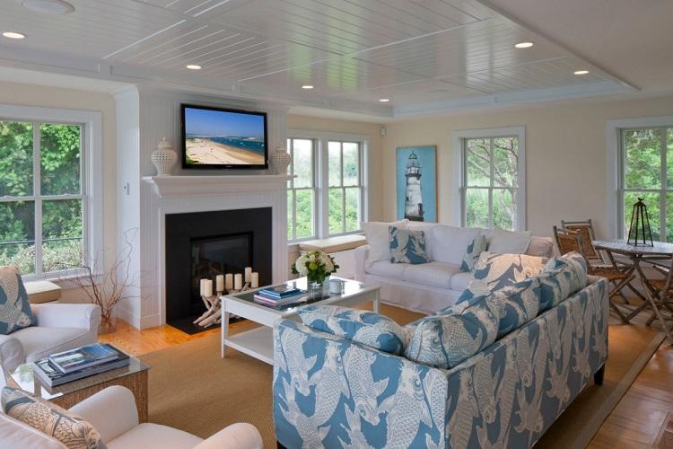 Family-Style-Beach-House-by-Polhemus-Savery-DaSilva 101 Beach Themed Living Room Ideas