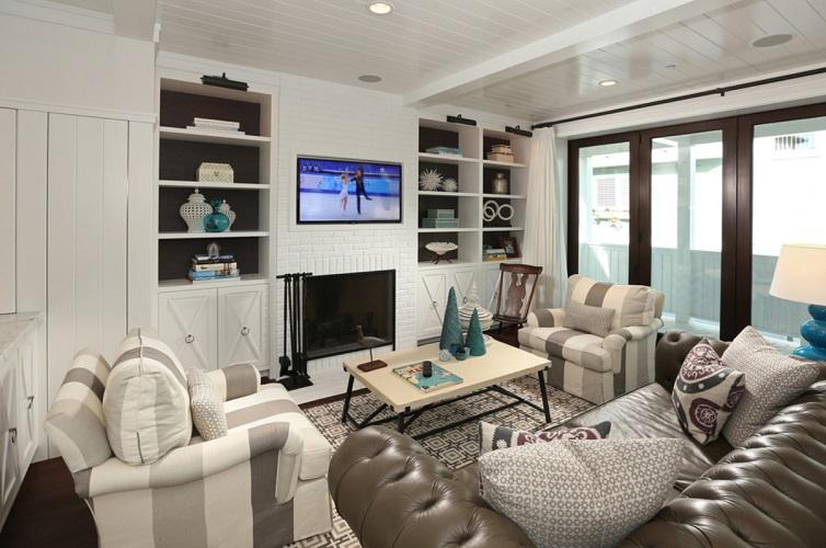 Hermosa-Beach-House-by-Haustech 101 Beach Themed Living Room Ideas