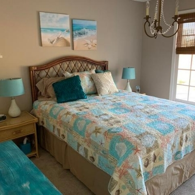 beach-themed-bedding-16 Beach Bedroom Decor & Coastal Bedroom Decor