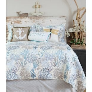 EscuderoCoastalReversibleQuiltSet 100 Beach House Decor Ideas