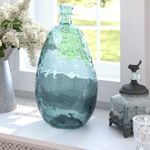 TenishaBalloonTableVase 100 Beach House Decor Ideas