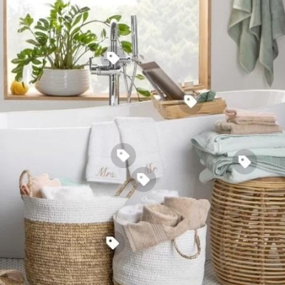 wicker-bathroom-baskets-11 100 Beach House Decor Ideas